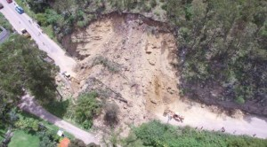 panamericana highway cuenca blocked